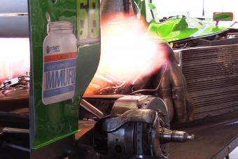 Nincs nagyobb élmény motorhangban a melegedő F1-es tízhengereseknél