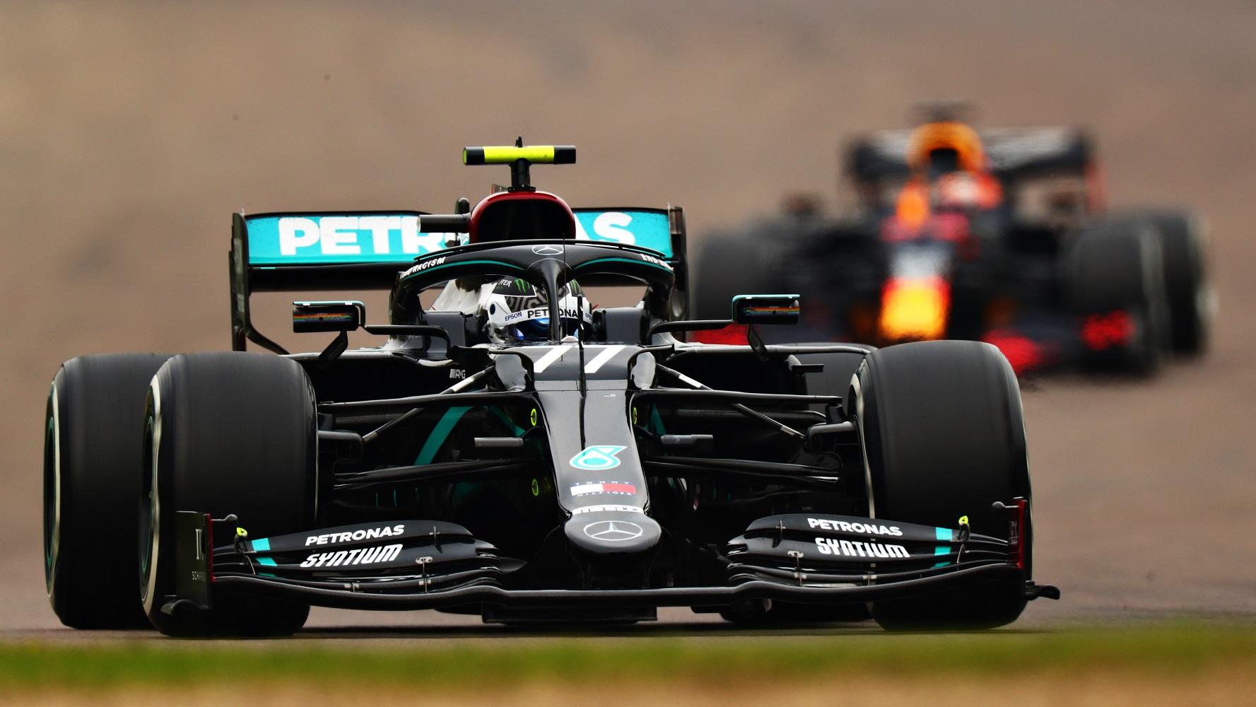 F1: Hamilton nyert Imolában, a Mercedes újra bajnok lett 1