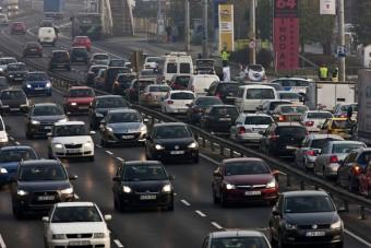 Döntött az MNB, ez rossz hír a hazai autósoknak