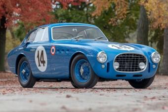 Kalandos élete volt a 70 éves Ferrarinak