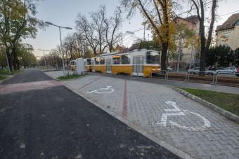 Új P+R parkolót adtak át Budapesten