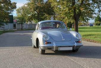 A 356 még 60 évesen is igazi Porsche