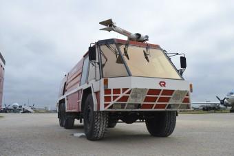 Ez volt a repülőtéri tűzoltóautók Rolls-Royce-a