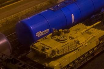 Tankok bújtak meg az éj leple alatt Kelenföldön