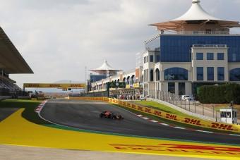 F1: Még a Ferrari is gyorsabb a Mercinél Isztambulban