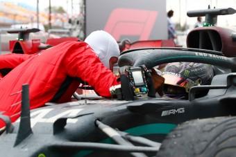 Vettel: Lennék Hamilton csapattársa