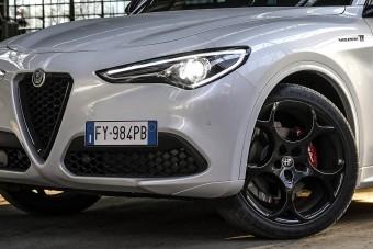 Új csúcsverziót kap a legnagyobb Alfa Romeo