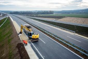 Megnyitják az M85-öst, Sopronig lehet autózni gyorsforgalmi úton