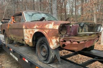 Ez a Ford Mustang bizonyítja, hogy néha egy kupac rozsdának is van értéke