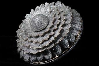Elkészült a legtöbb gyémántot tartalmazó gyűrű, az ára megfizethetetlen
