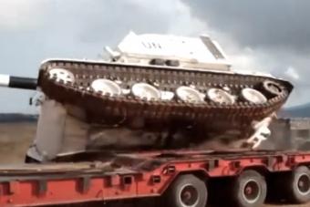 Egyszerűnek tűnik, de ez a manőver könnyen elbánhat a tankokkal