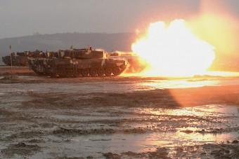 Páncélosok lövései dördültek Szomódon