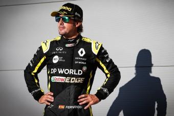 F1: Alonso vissza se tért, máris botrányt kavart