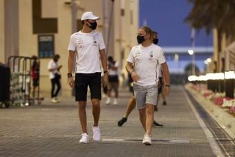 F1: Bottas maradhat a Mercinél, Russell nem váltja le