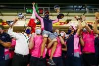 F1: A Red Bull vezetői is gratuláltak Pereznek 2