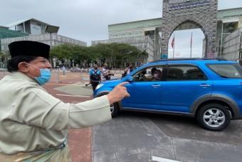 Tízezer autós előtt házasodtak Malajziában