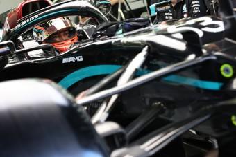 F1: Zúzódásokat szerzett a Mercedesben Russell