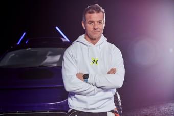 Hamilton csapatába igazolt a WRC ásza