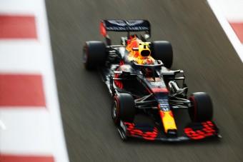 F1: Albon mindent megtett, hogy ne rúgják ki