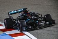 F1: Zúzódásokat szerzett a Mercedesben Russell 1