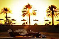 F1: Russell elrontotta Hamilton Mercedesét 3