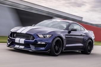 Jöhet tíz perc vérbő V8-as motorhang a legtökösebb Mustangtól?