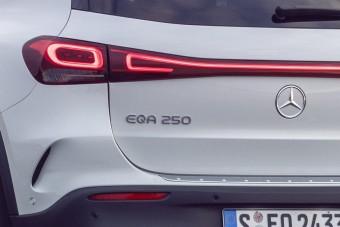 Félórányi videón kelleti magát az új Mercedes EQA