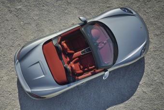 Mozgófilmen a szülinapos Porsche
