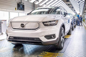 Megháromszorozza villanyautó-gyártását a Volvo