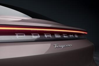 Lefelé bővül a Porsche Taycan kínálata