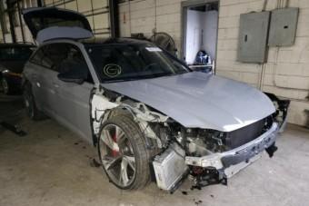Viseltesen is egy vagyont ér ez az új Audi