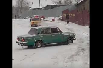 Kifogott az orosz ladásokon a havas emelkedő