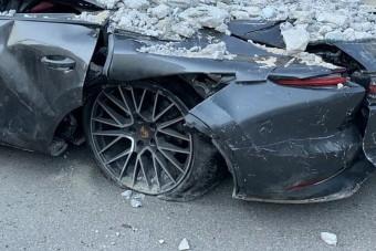 Így és ennyit fizet a biztosító, ha totálkáros lett az autó