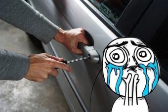 Visszavitték a tolvajok az autót egy cetlivel a szélvédőn