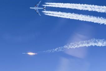 Repülőről kilőtt rakétával álltak pályára műholdak