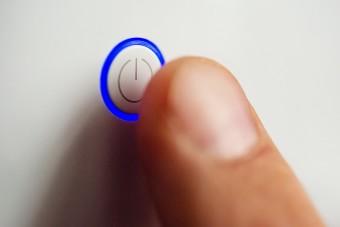 Gombnyomásra változtatja önmagát egy új anyag
