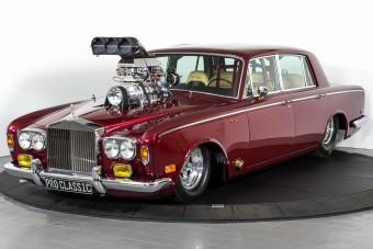 Durva átalakításon esett át a gyorsulási versenyekre kihegyezett Rolls-Royce