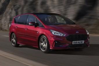 Hibridként is kaphatók a Ford nagy családi egyterűi