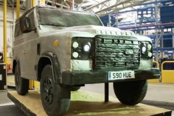 Ehető autóalkatrészeket gyárt a netes sztárcukrász