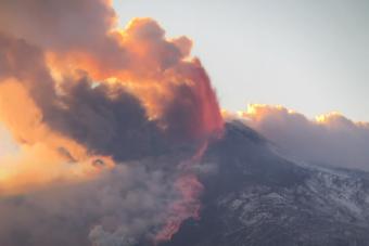 Pokolian látványos az Etna legutóbbi kitörése