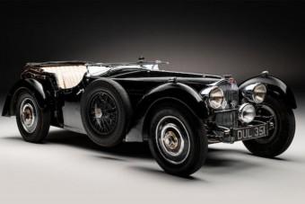 Milliárdokért árverezhetnek el egy ritka Bugattit