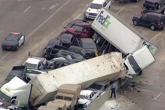 Száznál is több jármű ütközött egy amerikai tömegbalesetben