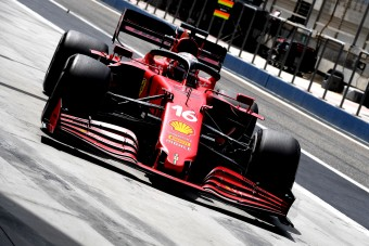 F1: A Ferrari szinte teljesen lemondott az idei évről