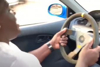 Ez a sofőr megmutatja, miről szól a nagybetűs HONDÁZÁS