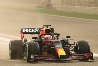 F1: Homokvihar a teszten, Verstappen az élen