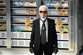 Elárverezik az elhunyt divatguru mű- és bútorgyűjteményét