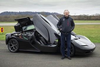 Már tesztelik a világ legkülönlegesebb szupersportkocsiját
