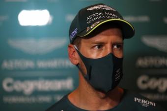 F1: Vizsgálat indult Vettel ellen, szabályt szeghetett