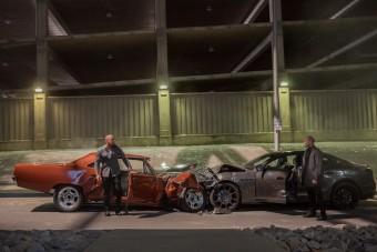 Kiszámolták, mennyi autót törtek össze a Halálos iramban-filmekben