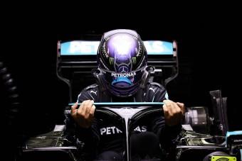 F1: Hamilton frusztrált, összeesküvést sejt